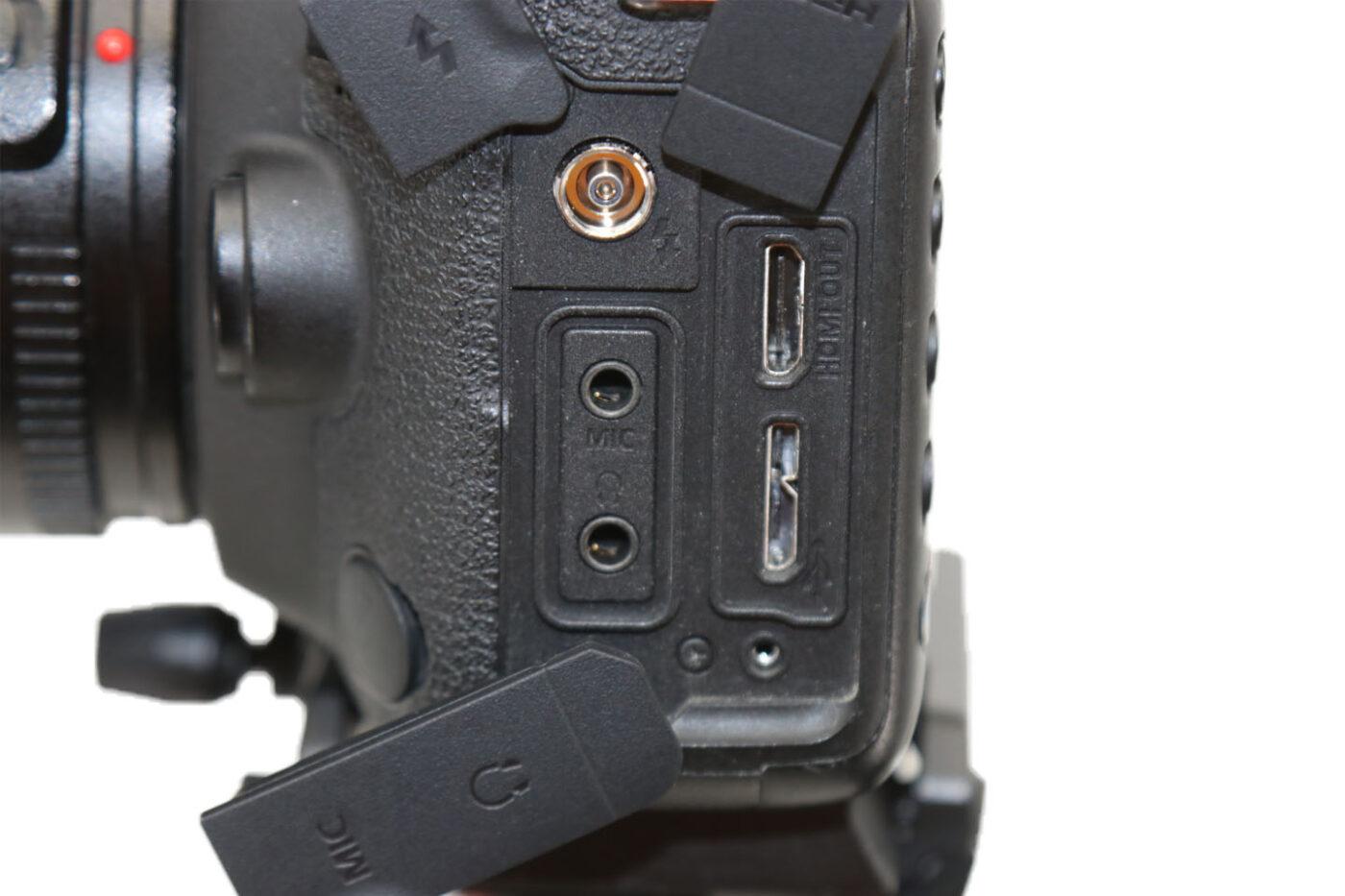 Canon EOS 5D mark IV 映像出力