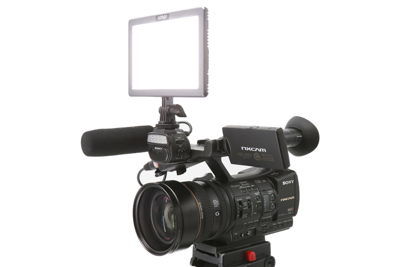 SONY製ワイドコンバージョンレンズ・Suntech LG-E116Cを装着した際のイメージ